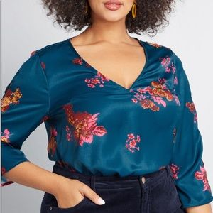 Tops - Modcloth Sincerely Yours V Neck Blouse